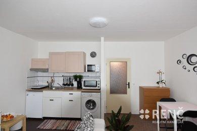 Pronájem bytu 1+kk Líšeň, Jírova, Ev.č.: 00600