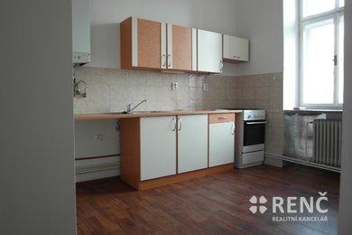 Pronájem bytu 1+1 nedaleko centra města na ul. Štefánikova, Ev.č.: 00613