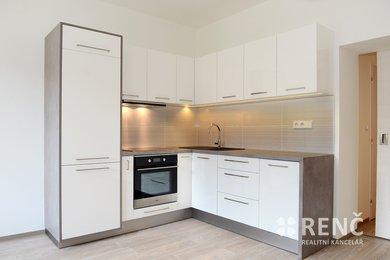 Pronájem bytu 2+kk, 50 m2, po rekonstrukci, ul. Řehořova, Brno - Černovice, Ev.č.: 00698
