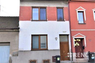 Prodej dvoupodlažního dvoubytového rodinného domu v ulici Jílkova, Brno - Židenice, Ev.č.: 00704