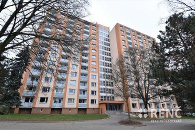 Prodej bytu 3+1 v OV, s lodžií, v Řečkovicích na Horáckém náměstí., Ev.č.: 00718