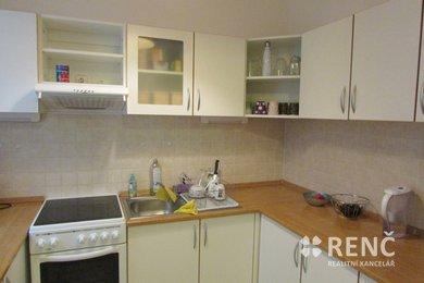 Pronájem bytu 1+1 o celkové ploše 39,65 m2 ve zrekonstruovaném bytovém domě na ulici Veselá v centru Brna, Ev.č.: 00763