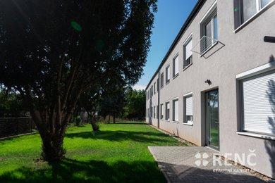 Pronájem bytu 1+kk v objektu PAMIR po kompletní rekonstrukci ve Zbýšově u Brna, Ev.č.: 00780