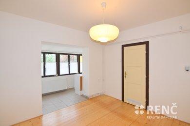 Pronájem bytu 3+kk, 57 m2, ve zděném bytovém domě v Brně - Žabovřeskách, na ul. Královopolská, Ev.č.: 00809