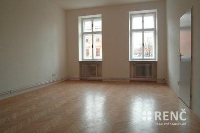 Pronájem bytu 2+kk nedaleko centra města, ul. Štefánikova, Ev.č.: 00584-1