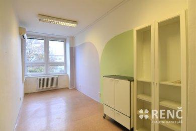 Ordinace 16,2 m2 + zázemí, Brno – Královo Pole, Palackého třída, Ev.č.: 00883