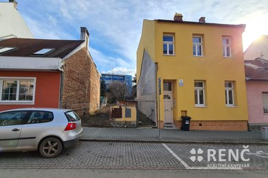 Prodej proluky - stavebního pozemku určeného pro výstavbu řadového domu v ulici Mozolky, Brno - Žabovřesky, Ev.č.: 00914