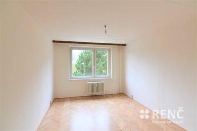 Pronájem bytu 1+1 v Brně – Bystrci na ulici Laštůvkova, 2. patro, plocha bytu 36 m2., Ev.č.: 00683-3