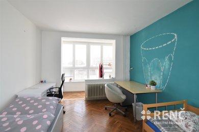 Pronájem bytu 2+1 ve zděném bytovém domě s výtahem na  Palackého třídě, Brno-Královo Pole., Ev.č.: 00944