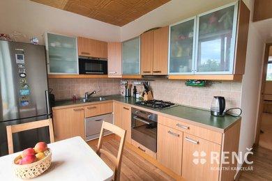 Prodej zděného bytu 2+1 v OV na ulici Křídlovická, k.ú. Staré Brno v pětipodlažním bytovém domě s parkováním ve dvoře a výhledem na centrum města., Ev.č.: 00970