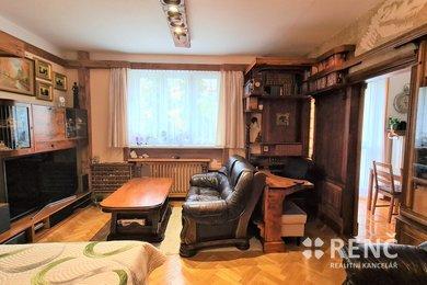 Prodej zděného bytu 1+1 v šestipodlažním bytovém domě na ulici Úvoz s výhledem do zeleně a dvora., Ev.č.: 00977