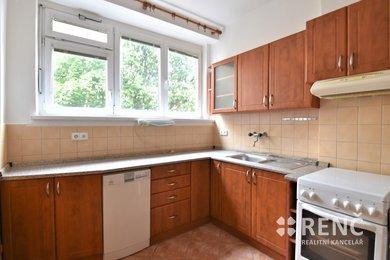 Prodej zděného bytu 2+1 se dvěma lodžiemi, 71 m2, ul. Špitálka, Brno - střed, Ev.č.: 00978