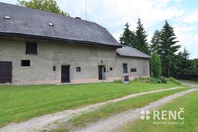 Prodej usedlosti se zahradou, dvorem, stodolou a garáží v obci Maletín mezi Moravskou Třebovou a Mohelnicí, Ev.č.: 00994