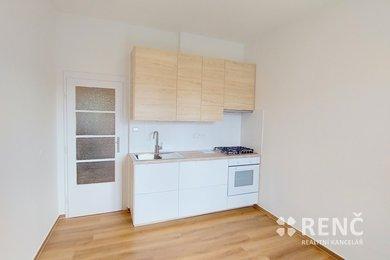 Pronájem bytu 1+1 s balkonem ve zděném  domě na ulici Vodova, Brno – Královo Pole, Ev.č.: 01017