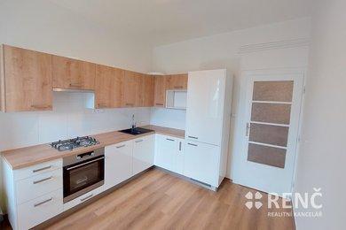 Pronájem bytu 2+1 Královo Pole, ul.Vodova, 64 m2, nezařízeno, s balkonem, Ev.č.: 01018