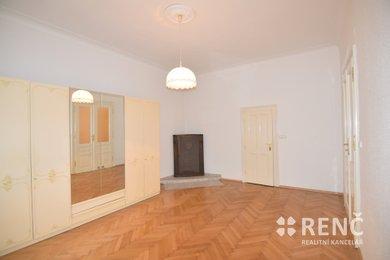 Pronájem bytu 3,5+1 (133 m2) s terasou ul. Čápkova, Brno – střed  u parku  Obilní trh, Ev.č.: 01025