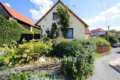 Prodej, Rodinné domy, 180m² - Chlum, Ev.č.: 00103