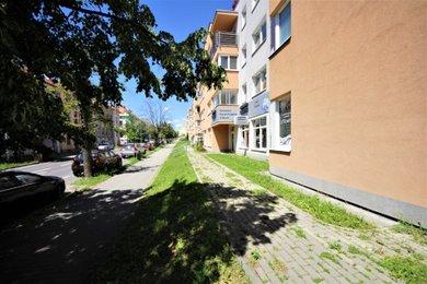 Pronájem, Obchodní prostory, 130m² - Znojmo, Ev.č.: 00177