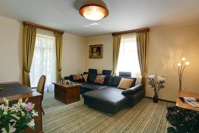 Prodej, Ubytování, 1240m² - Mariánské Lázně, Ev.č.: 01001