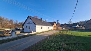 Prodej domu a restaurace 220m² , Ostrov, okres Benešov