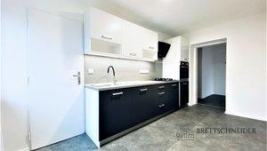 Pronájem bytu 2+1, 60m², ul. Viktora Huga, Ostrava - Hrabová
