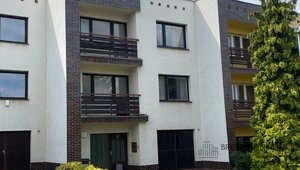Nabízíme k prodeji ideální polovinu domu, ul. K Jezeru, Praha 4