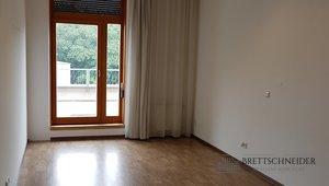 Pronájem kanceláře 22m² s terasou - Praha 10, Malešice