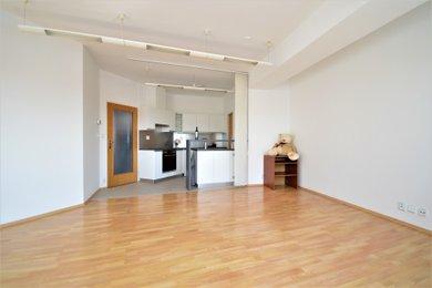 Pronájem zajímavého bytu 3+kk, Ev.č.: C21_122-06-060