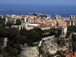 JUDr. Tomáš Mádl byl jako první východoevropan v historii přijat do Club de Monte Carlo de l'Elite de la Philatélie.