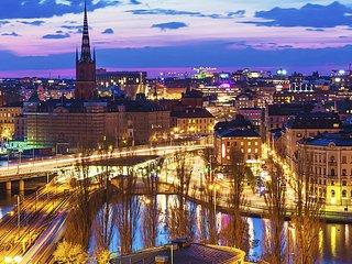 Časopis Merkur Revue referoval o obrovském úspěchu PRESTIGE PHILATELY CLUB PRAGUE na Stockholmii.