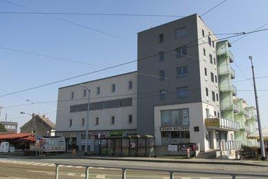 Pronájem, Obchodní prostory, 70m² - Olomouc - Neředín, Ev.č.: 00324