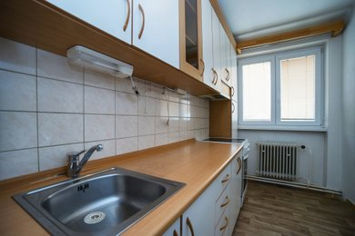 Prodej, Byty 3+1, 60m² - Velký Újezd, Ev.č.: 00475