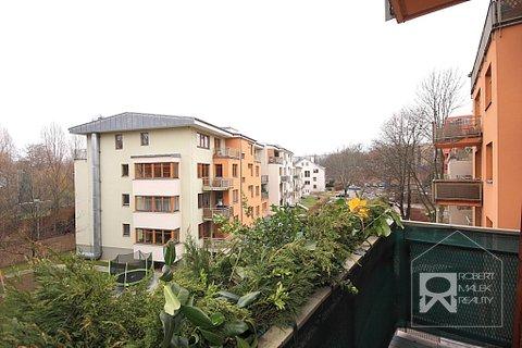 Výhled za balkonu