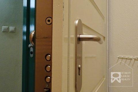 Bezpečností dveře