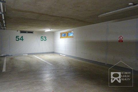 Parkovací stání č.53