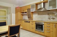Exkl. luxusní byt 2+kk/předzahrádka/sklep, OV, 80m2, Praha 6 - Veleslavín