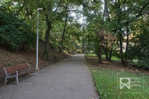 Park Na Jezerce