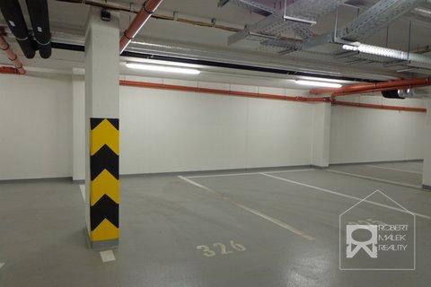 Kryté garážové stání