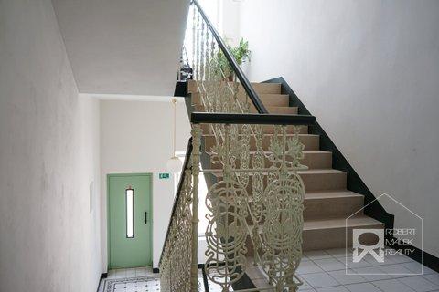 Vnitřní interiér domu + výtah