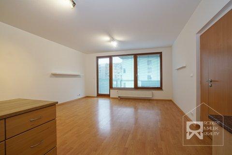 Kuchyňský kout s obývacím pokojem