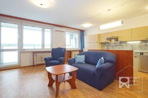 Obývací pokoj s klimatizací