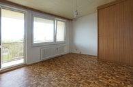 Prodej bytu 1+kk/lodžie + sklep, 34m² - Praha 8  - Troja, ulice Lešenská