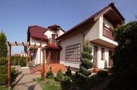 Novostavba rodinného domu, 6+1/3B/G + krásná zahrada, Strančice - ul.Vilová