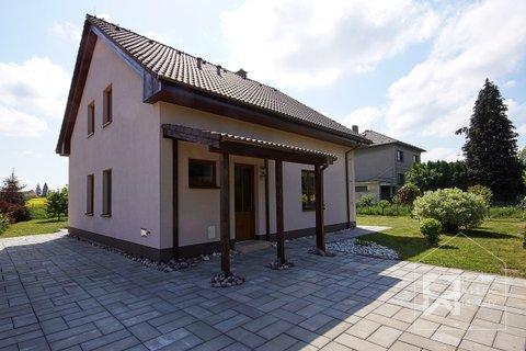 Pohled na dům - přední strana