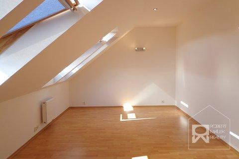Ložnice - bez balkonu (2)