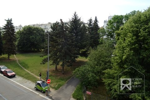 Výhled z bytu 1