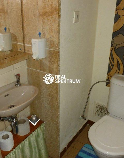 toaleta_