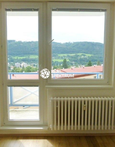 balkon z pokoje