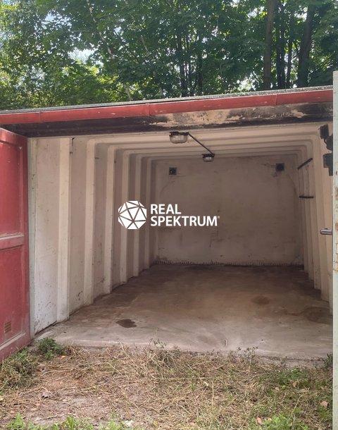 1051 garáž