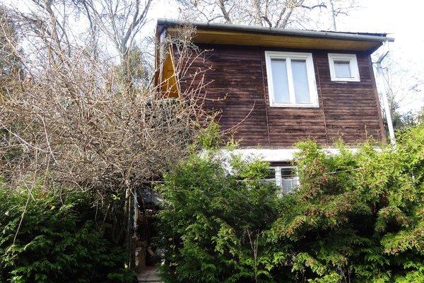 Prodej pozemku 489 m2 se zahradní chatou  v Králově Poli